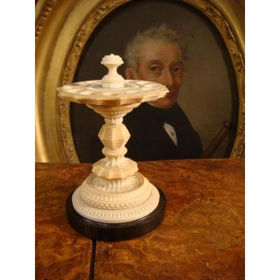 Servant Cigar Holder In Ivory - Germany
