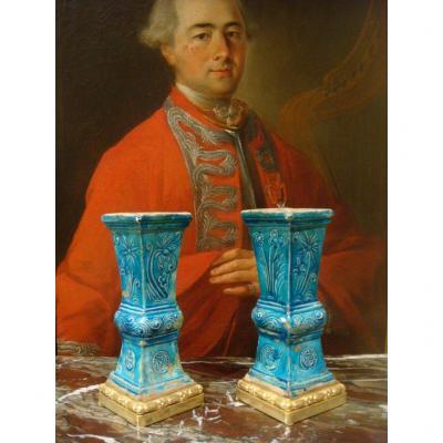 Paire De Vases En Ceramique - Chine Epoque XVIII ème Siècle