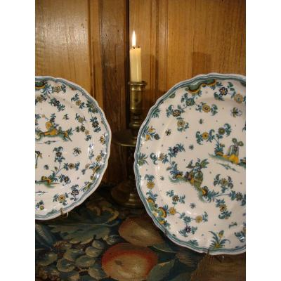 Pair Of Large Moustiers Faience Plates - XVIIIth Century