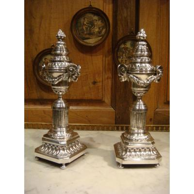 Pair Of Candlesticks In Silver Bronze Cassolettes - Louis XVI Style