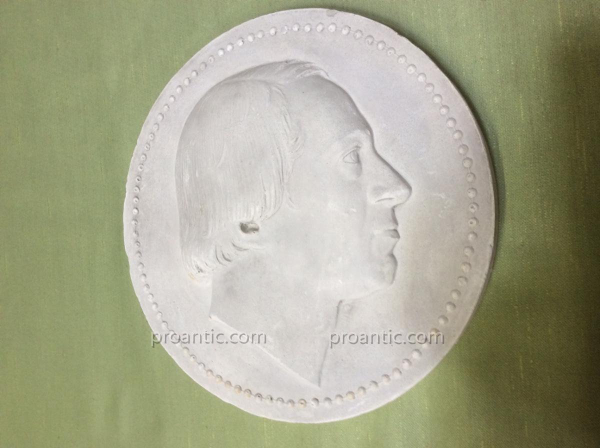 Médaillon Plâtre Profil