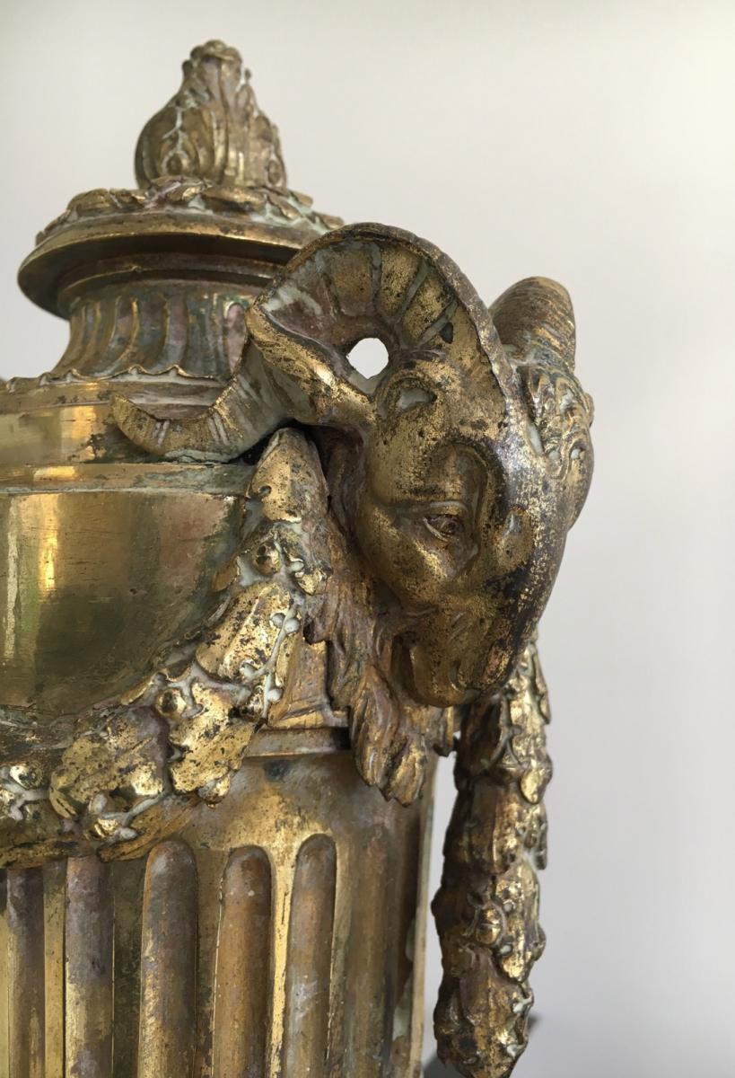 Paire de chenets en bronze ciselé figurant Mars tenant un casque et Vulcan un enclume.Vers 1850-photo-1