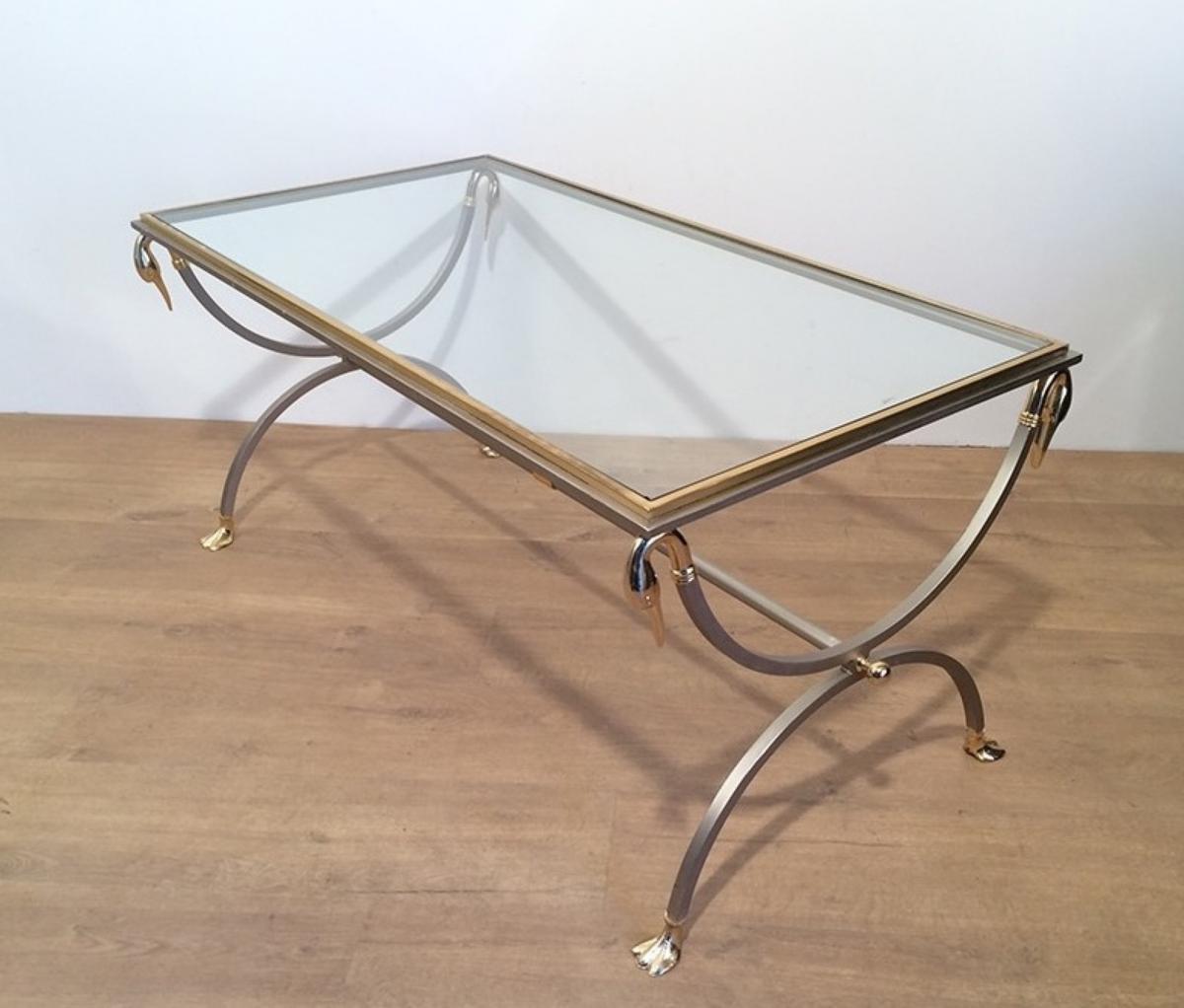 Table Basse En Métal Brossé Et Laiton à Cols Et Pattes De Cygnes. Vers1970