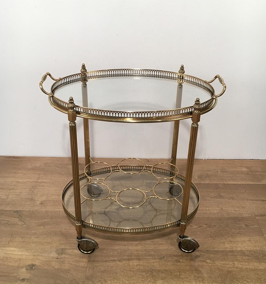 Table Roulante Néoclassique Ovale En Laiton. Vers 1940