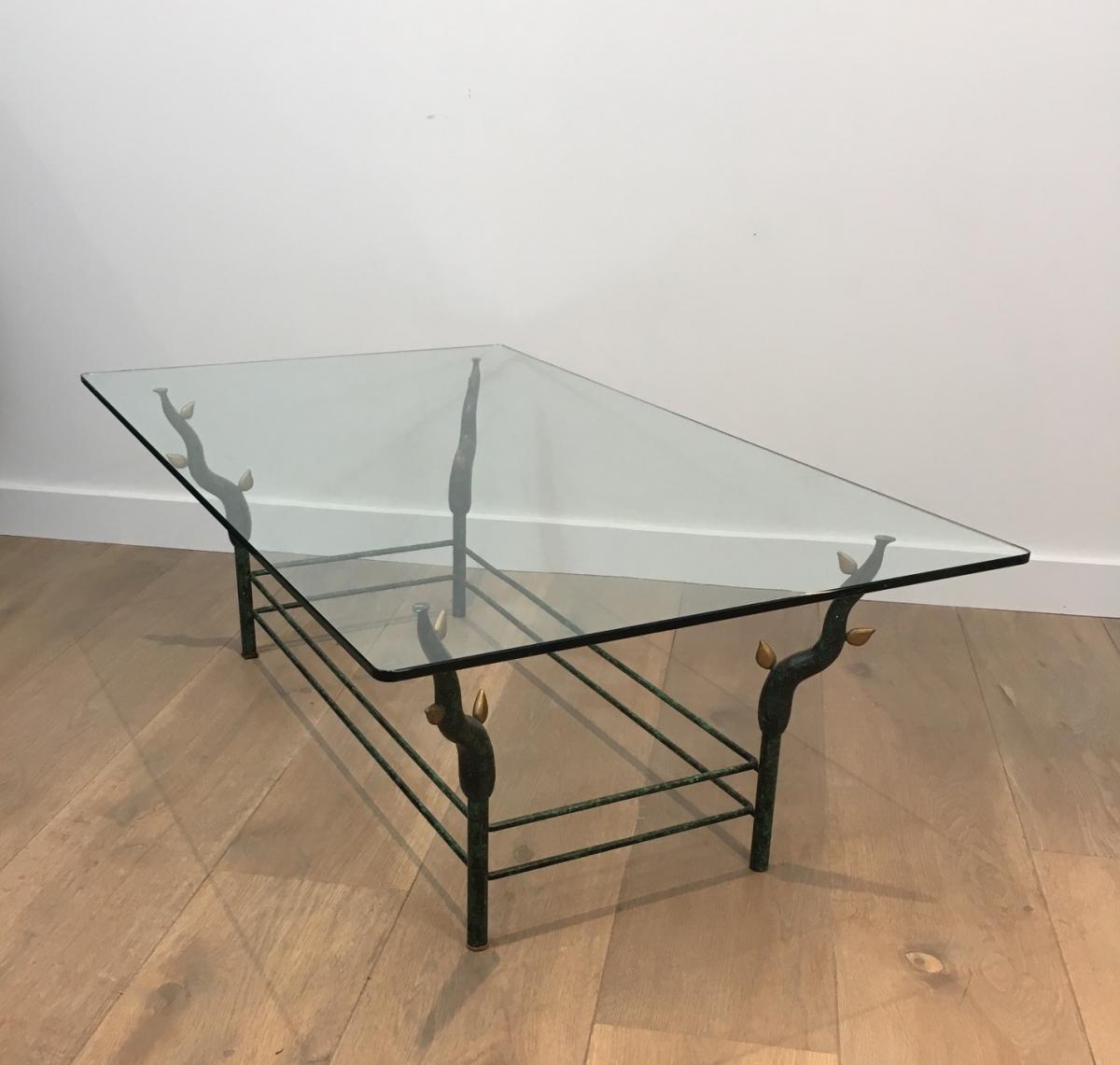 Table Basse En Fer Forgé Originale à Piètement Constitué De Branches d'Arbre.