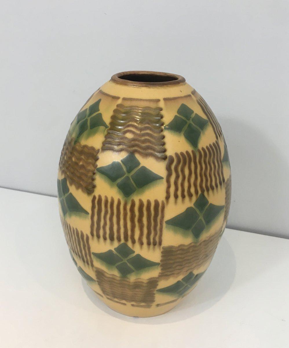 Ceramic Art Deco Vase. Circa 1930