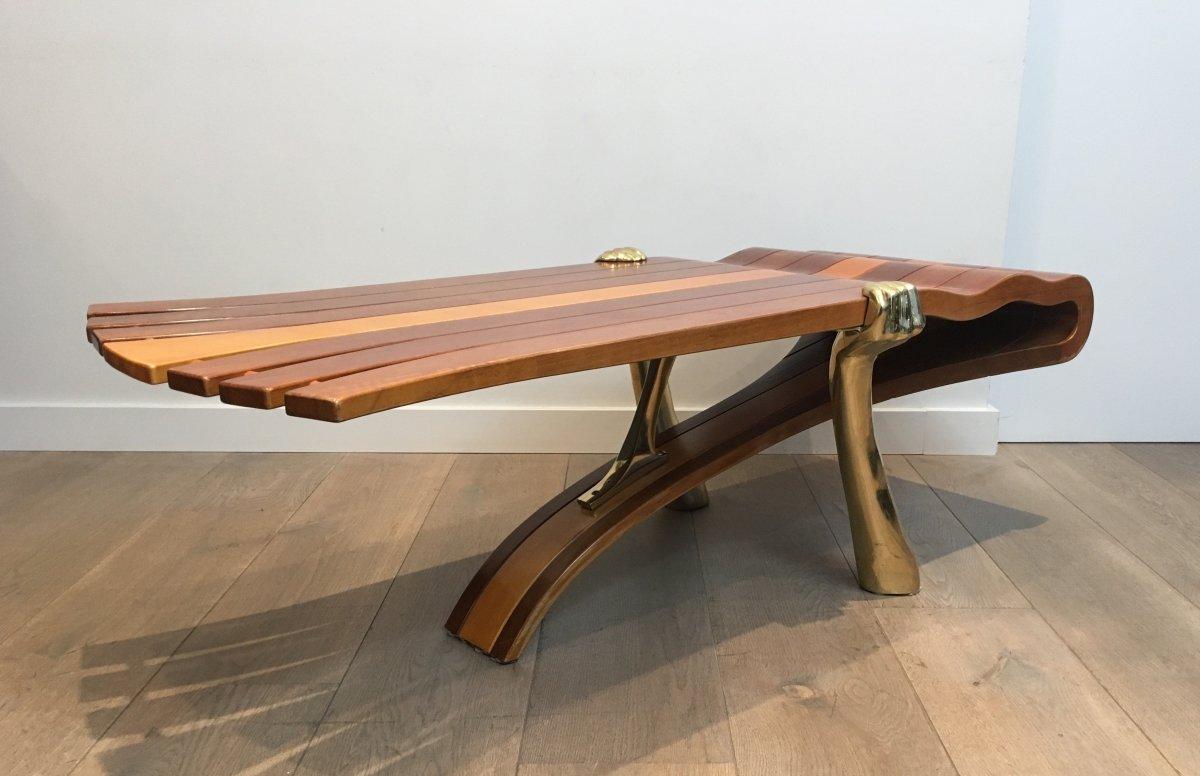 Table Basse Unique Constituée d'Un Epais Plateau De Bois De Forme Libre Supporté Par 2 Bras -photo-4