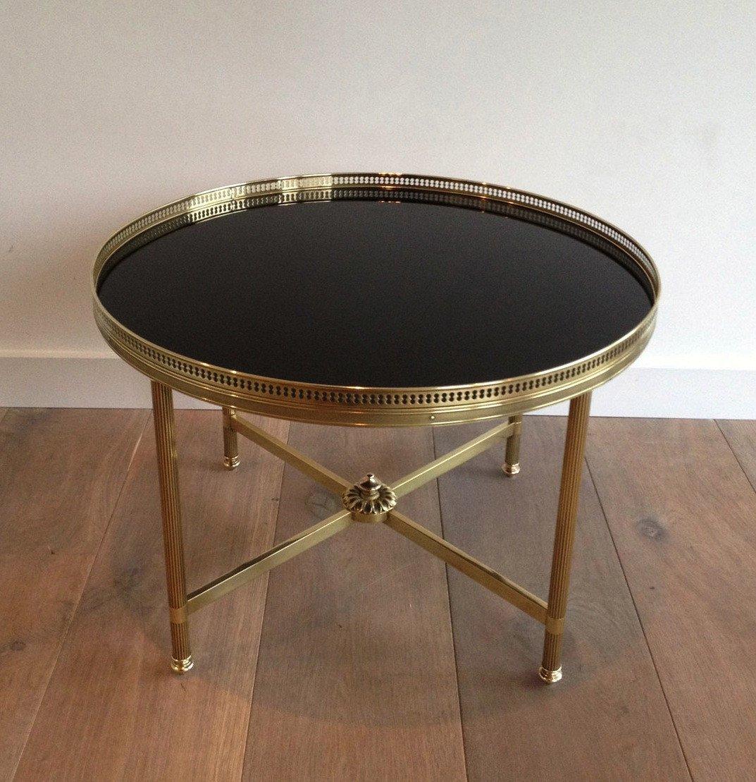 Maison Bagués. Table Basse Ronde De Style Néoclassique En Laiton à Plateau De Verre Laqué Noir-photo-2
