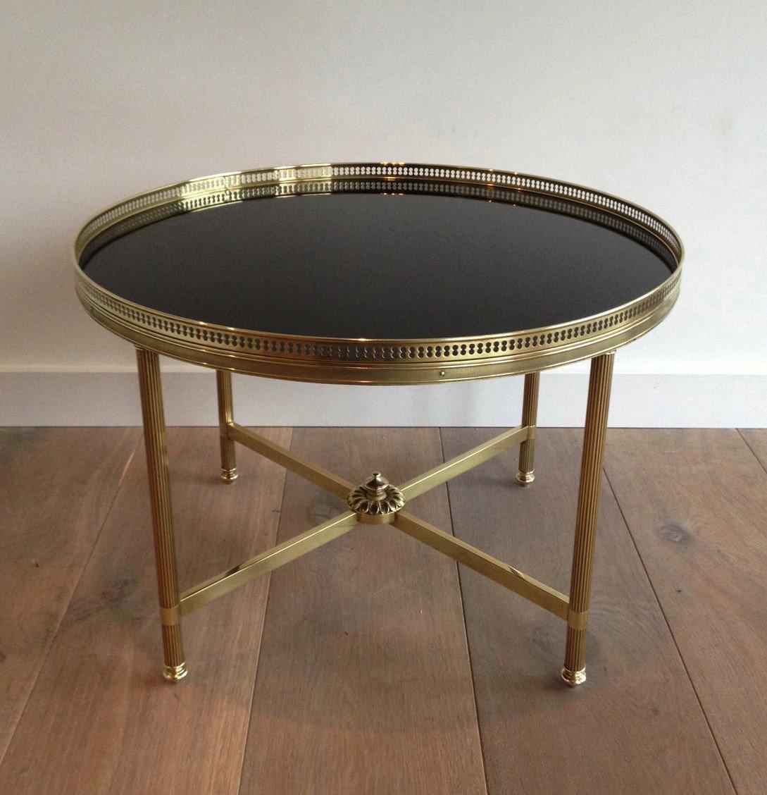 Maison Bagués. Table Basse Ronde De Style Néoclassique En Laiton à Plateau De Verre Laqué Noir-photo-4