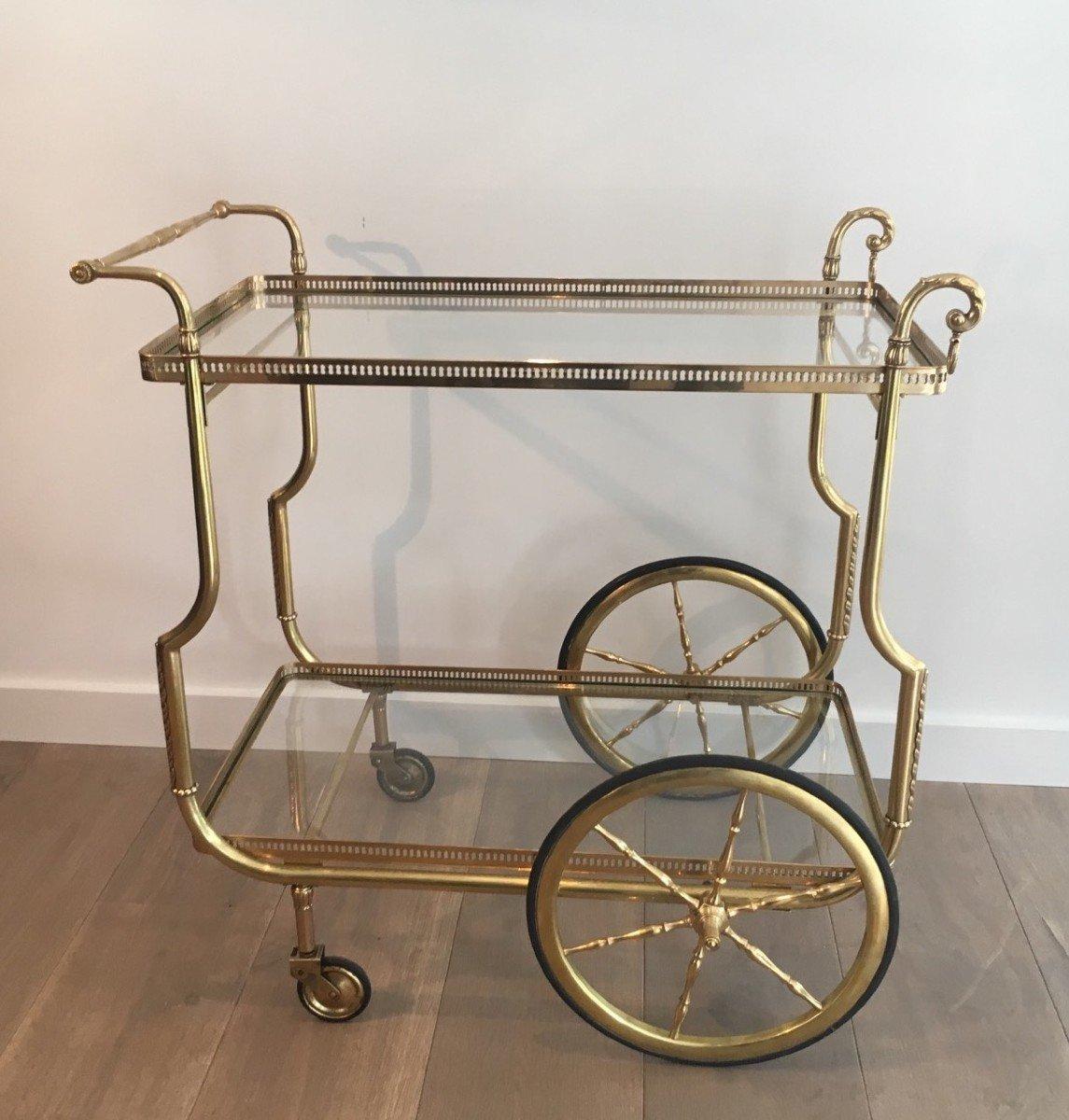 Maison Jansen. Rare Table Roulante De Style Néoclassique En Laiton Et Plateaux De Verre-photo-8