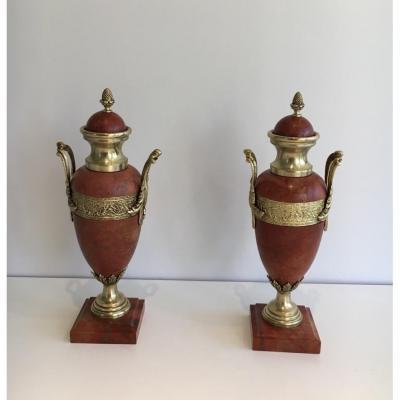 Paire De Cassolettes En Marbre Rouge Et Bronze. Vers 1880