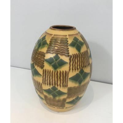 Vase Art Déco En Céramique. Vers 1930