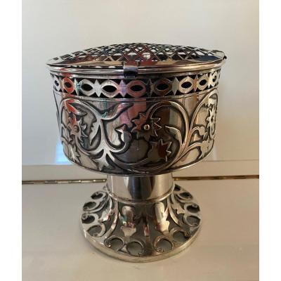 Vase pique fleurs en métal argenté , Art and Craft