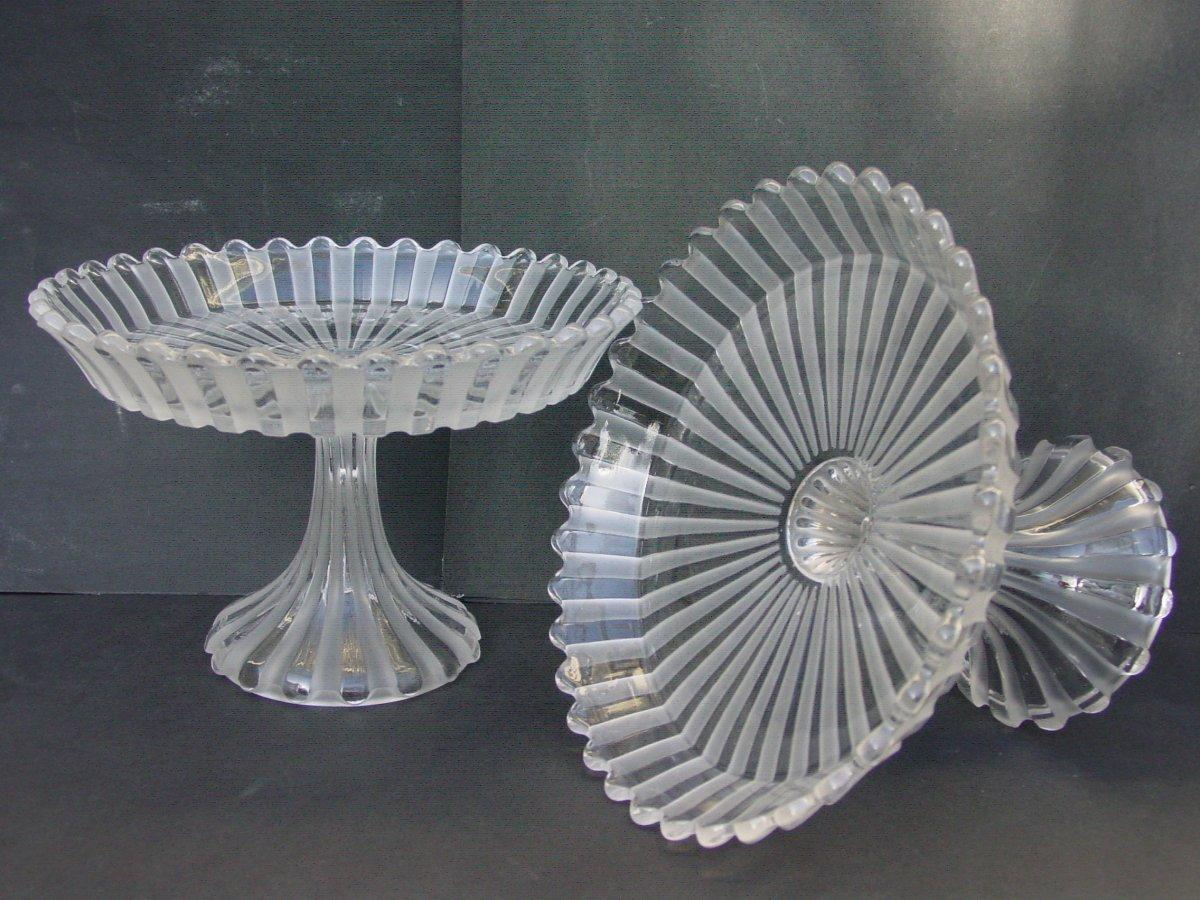 Baccarat  Paire Coupes Présentoirs En Cristal Compotiers