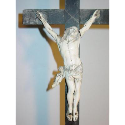Christ Of Altar Ivory & Ebony From The 17th Crucifix