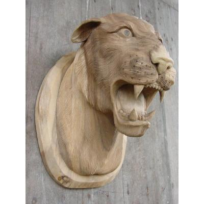 Trophy In Carved Wood Of Feline Circa 1960 Tiger Lioness Panther