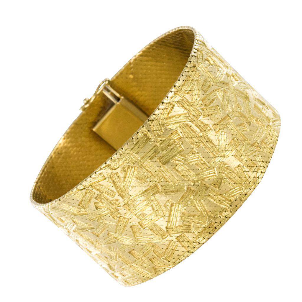 Bracelet Ruban d'Or à Décor Moderniste
