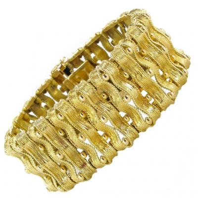 Old Bracelet In Yellow Gold Articulated