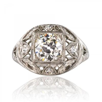 Old Platinum Lace Diamonds Ring