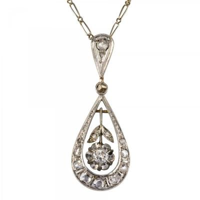 Pendant With Ancient Diamonds And Its Chain