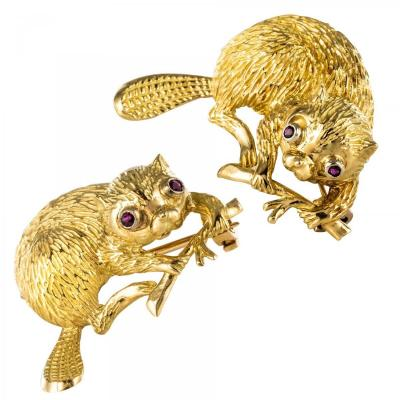 Pair Of Gold Beavers Brooches