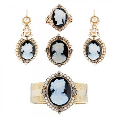 Old Cameo Set On Onyx Fine Pearls And Diamonds