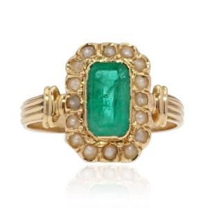 Antique Emerald Ring And Fine Pearls