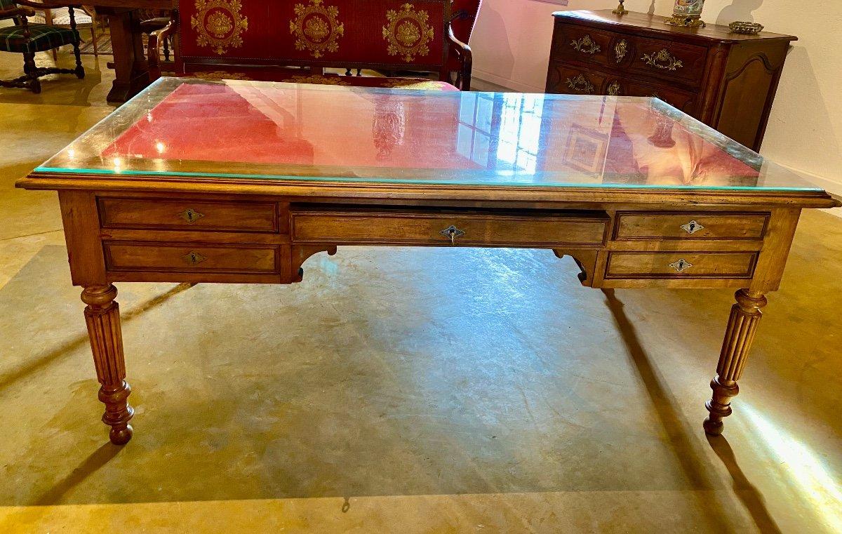 GRAND    BUREAU     DE MILIEU   180 X 100 cm    EN NOYER MASSIF  À CINQ TIROIRS   style  LXVI-photo-2
