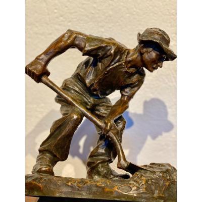 Sculpture  En Bronze  d'Un Mineur  En Plein Travail  SignÉ
