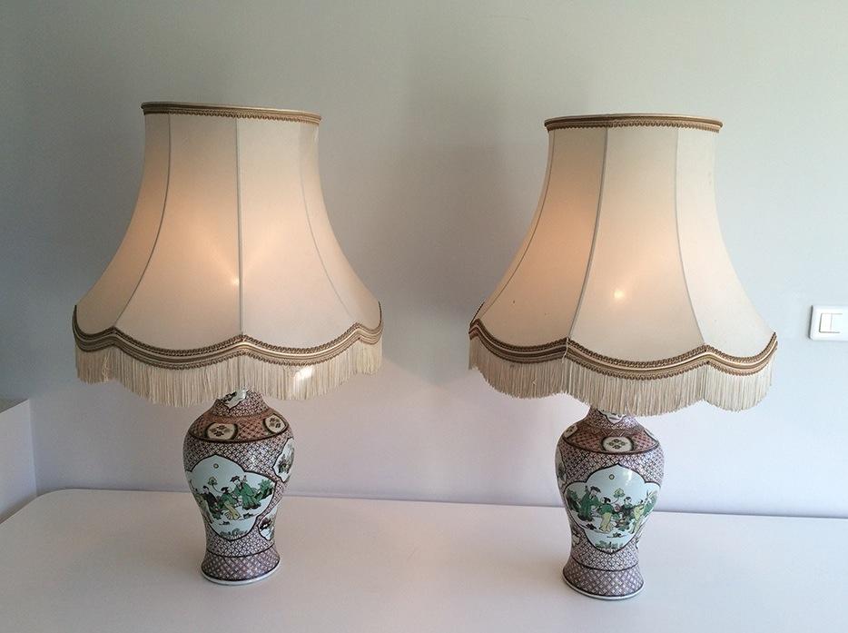 Paire De Lampes En Porcelaine à Décors Chinoisants. Vers 1920 -photo-2
