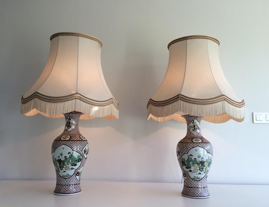 Paire De Lampes En Porcelaine à Décors Chinoisants. Vers 1920 -photo-3