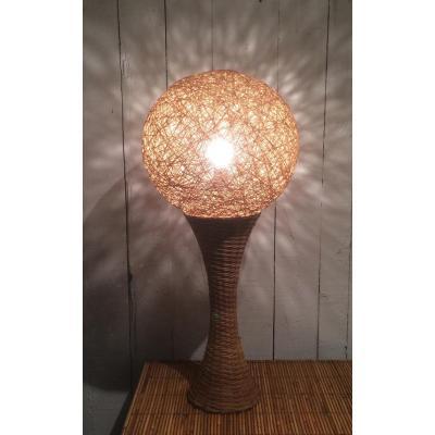 Grande Lampe En Rotin. Vers 1970
