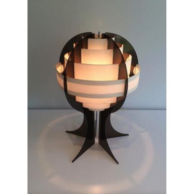 Lampe Moderniste En Plexiglas Et Bandes De Plastic Blanches. Vers 1970