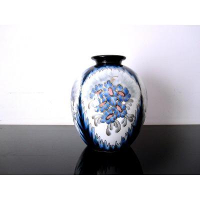 Vase Camille Tharaud  Porcelaine De Limoges.