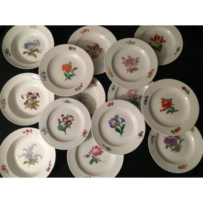 14 Assiettes En Porcelaine De Meissen