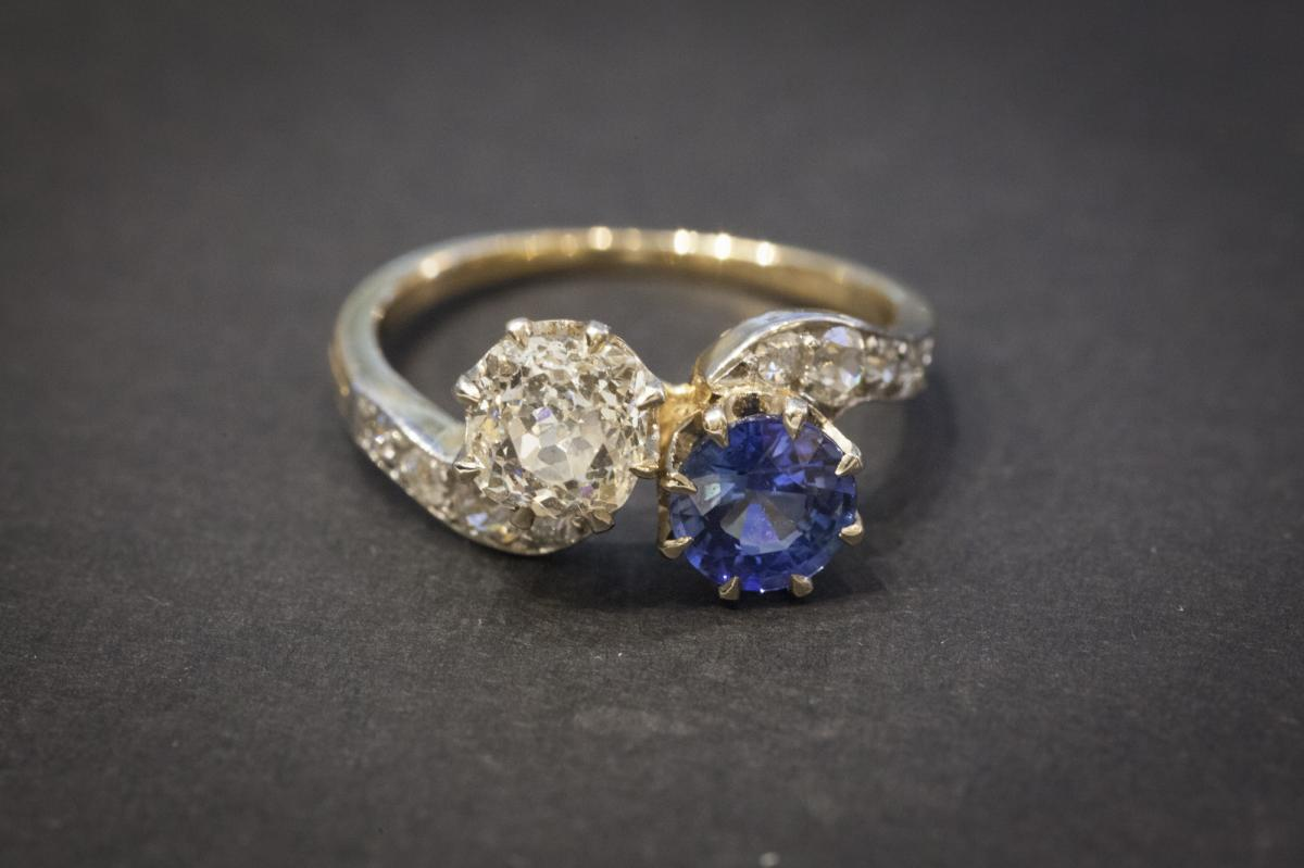 "Ancient Ring ""you And Me"" In Gold, Sapphire And Diamonds"