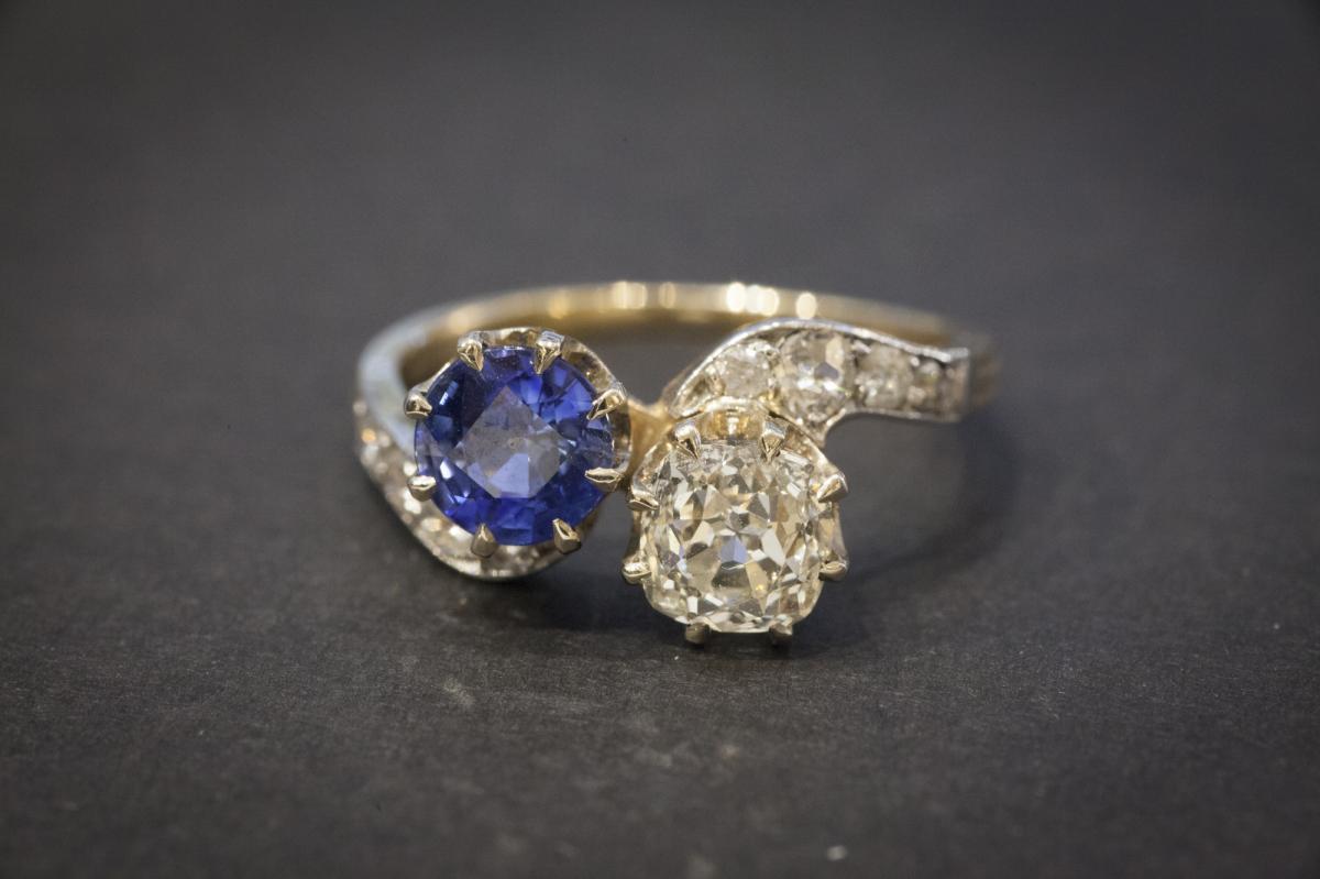 """Bague Ancienne """"Toi et Moi"""" en  Or, Saphir et Diamants-photo-2"""
