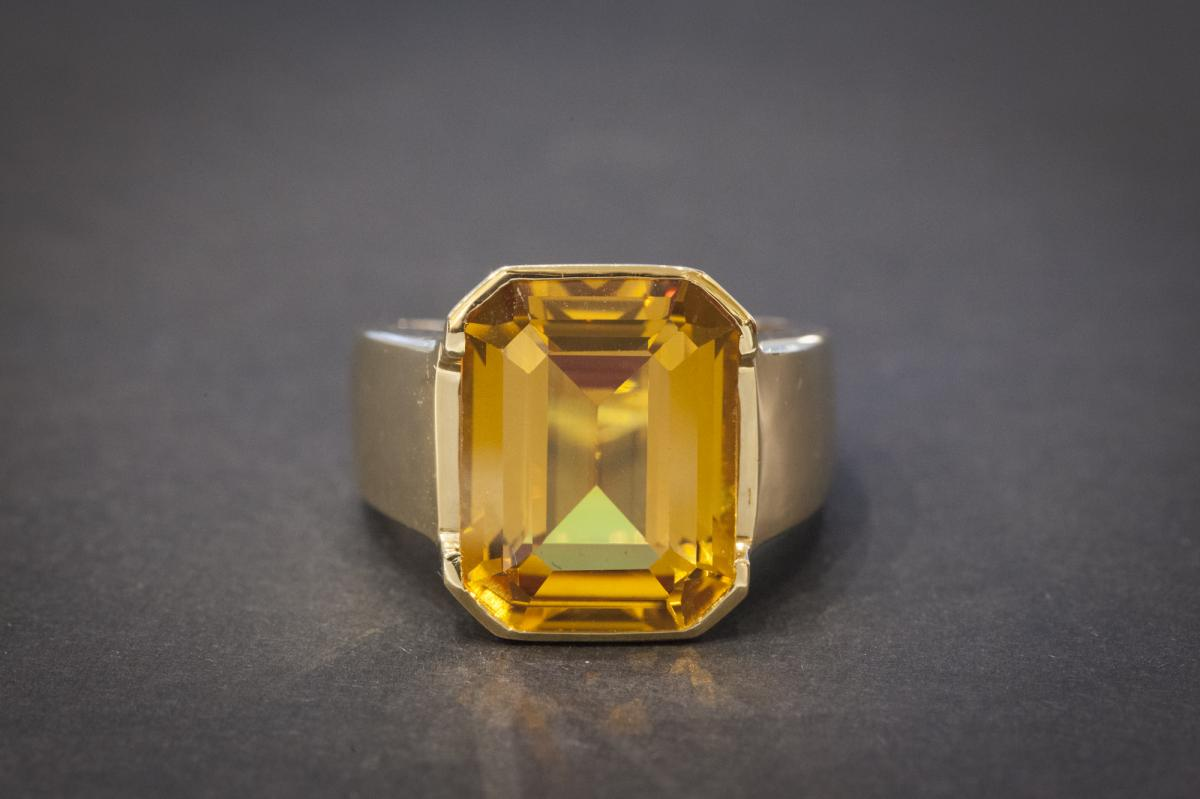 Vintage Signet Ring, Yellow Gold And Important Citrine