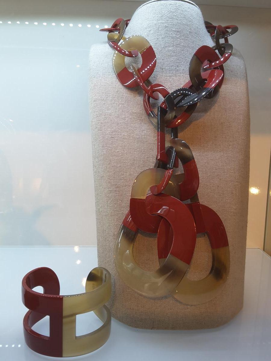 Parure Collier et Bracelet HERMES Modèle Isthme en Corne Laquée -photo-4