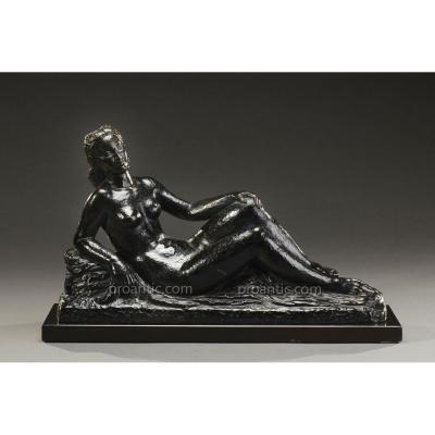 """Bronze """"femme Nue Allongée"""" Signé L. Gibert, XXème Siècle"""