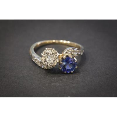 """Bague Ancienne """"Toi et Moi"""" en  Or, Saphir et Diamants"""