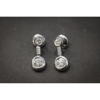 Paire de Boucles d'Oreilles Vintage en Or Blanc et Diamants