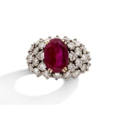 Ruby Ring, Diamonds, Gold, XXth Century