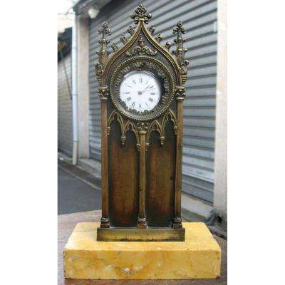 """Porte-montre Néogothique """"Cathédrale"""" en Bronze et Marbre de Sienne"""