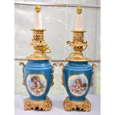 Paire De Lampes Bronze Et Porcelaine Dans l'Esprit De Sèvres