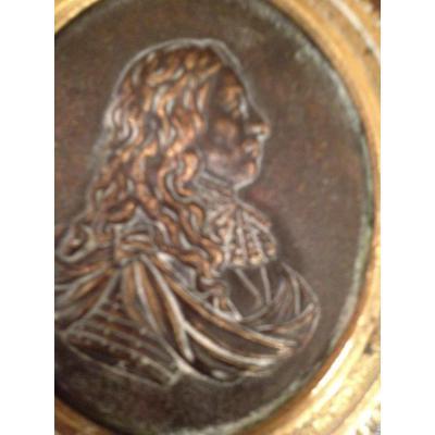 Paire De Medaillons En Bronze