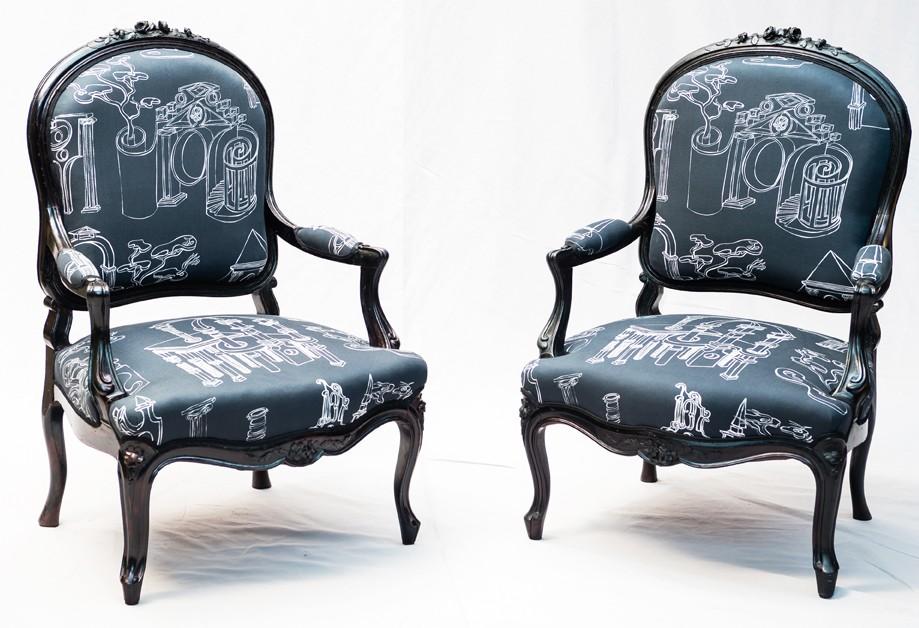 Paire De Fauteuils Laqués Noir Epoque Napoléon III