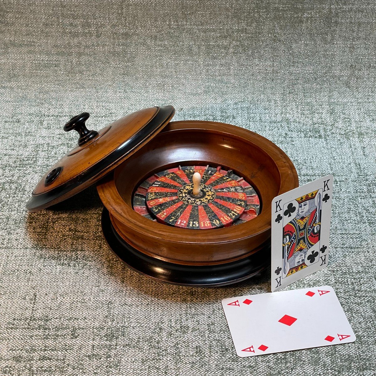 petite roulette de table 19ème