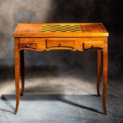 Table De Jeux - Tric Trac - Noyer