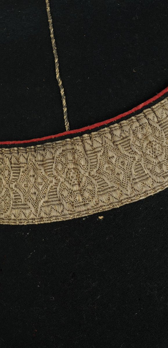 Police Cap Of Small Dress Of Officer Of The Company Of Puysegur (second Company)-photo-3